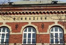Rewaloryzacja elewacji budynku I LO im. S. Goszczyńskiego w Nowym Targu